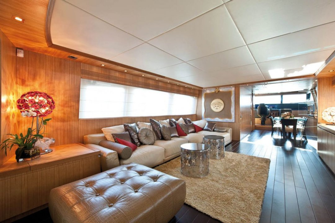 Major reasons why Xclusive Yachts is the Extremely Luxurious Yachts Charter Company in Dubai.