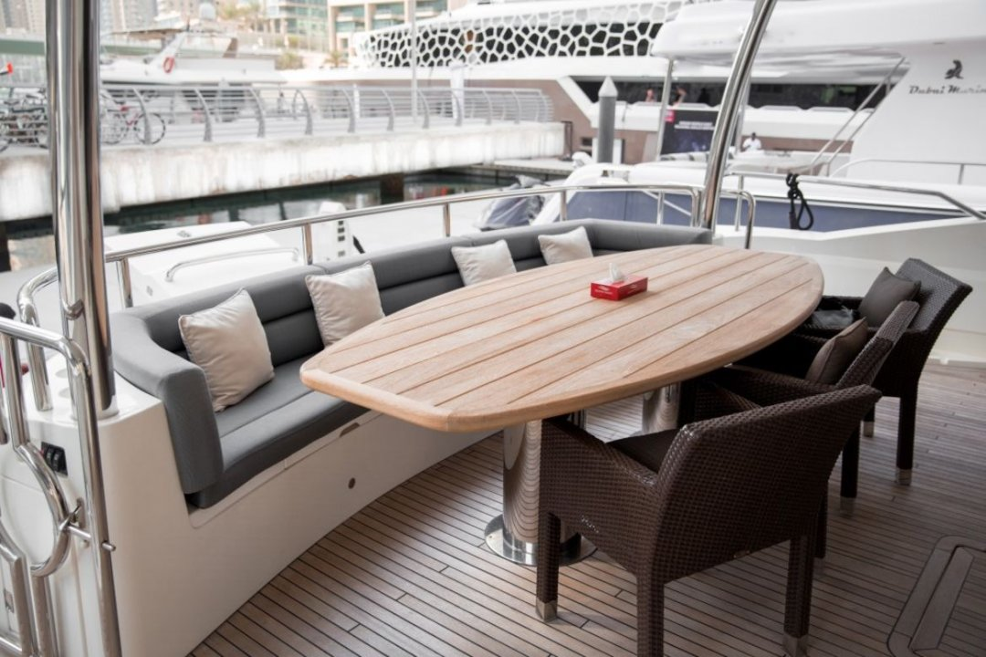 95ft Sunseeker Ultimate VIP Yacht