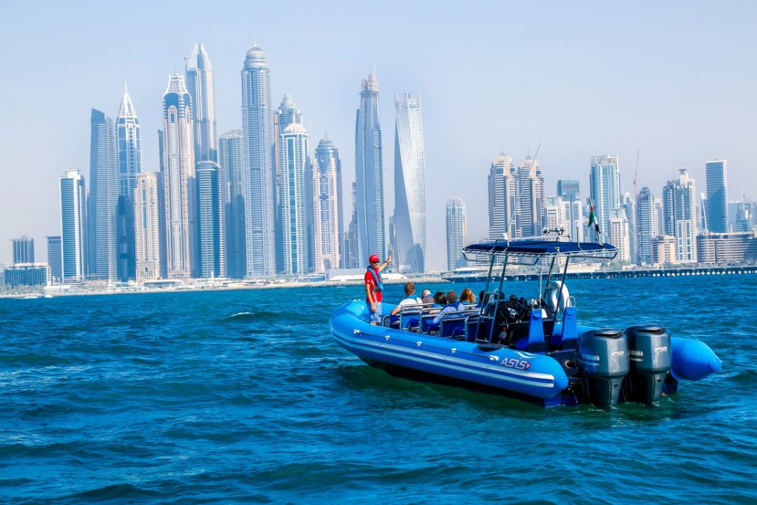 Architectural Tour Go Boat | Top 5 Reasons Why You Should Go On A Guided Sightseeing Tour Around