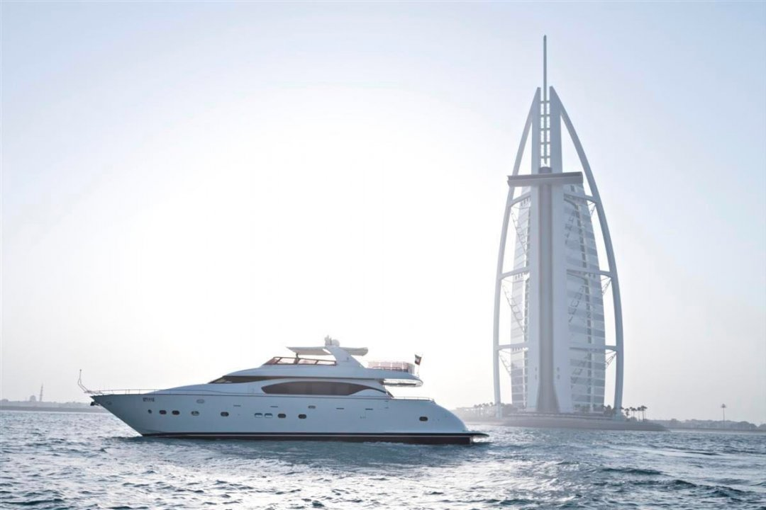 Xclusive 12: 78 Ft Yacht NOW 2000 AED from 3200 AED